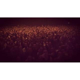 Merci Rouen @le106 vous etiez au top et vous imitez tres bien le rire de @mitchsuperbus #gimmick #zombies #tour #superbus #sixtape #doigtcrochu